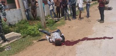 खबर तत्काल : लापरवाही से बाइक चलाते हुए बाइक सवार खंबे से टकराया, मौत | BHONTI NEWS
