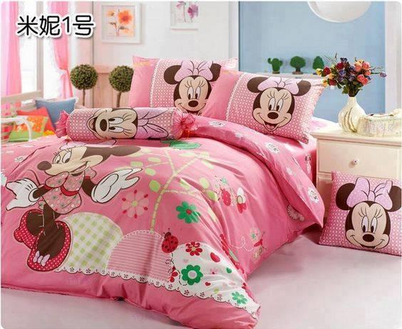 Decoraciones de Dormitorios y Cubrecamas de Mickey y Minnie