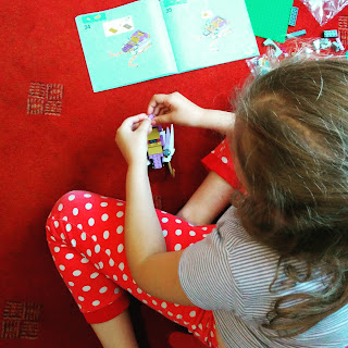 Top Ender putting together the Lego Elves Aira's Pegasus Sleigh set