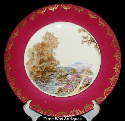https://timewasantiques.net/products/shelley-heather-dinner-plate-magenta-gold-overlay-charger-1950s-cabinet?_pos=2&_sid=8077e5bf3&_ss=r