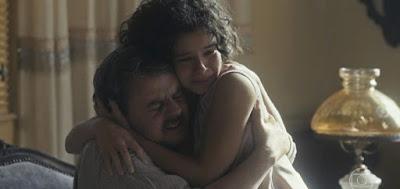 Afonso (Cássio Gabus Mendes) sofreu ao se separar da filha adotiva Inês (Gabriella Saraivah)
