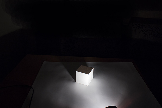 7-белый-куб-светотень