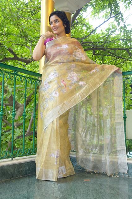 Gold tissue Kota Doria with silk applique work