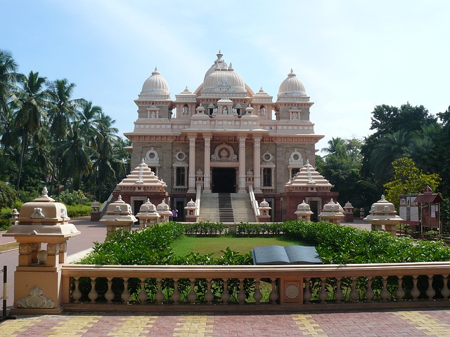7-beautiful-exciting-and-festive-places-in-chennai