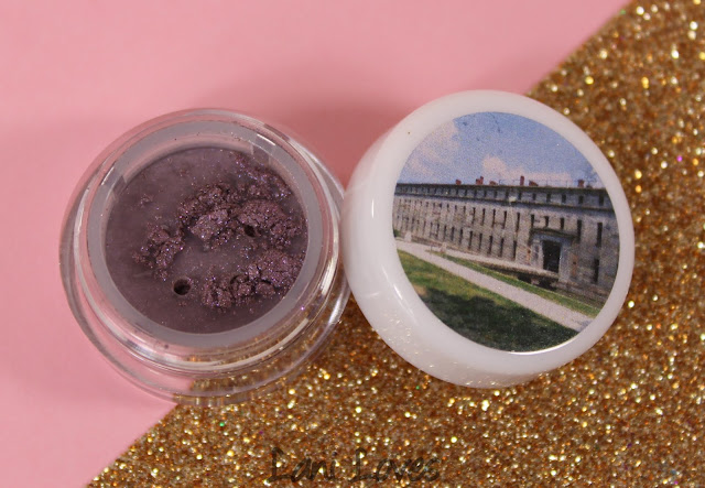 Darling Girl Fort Delaware Eyeshadow Swatches & Review