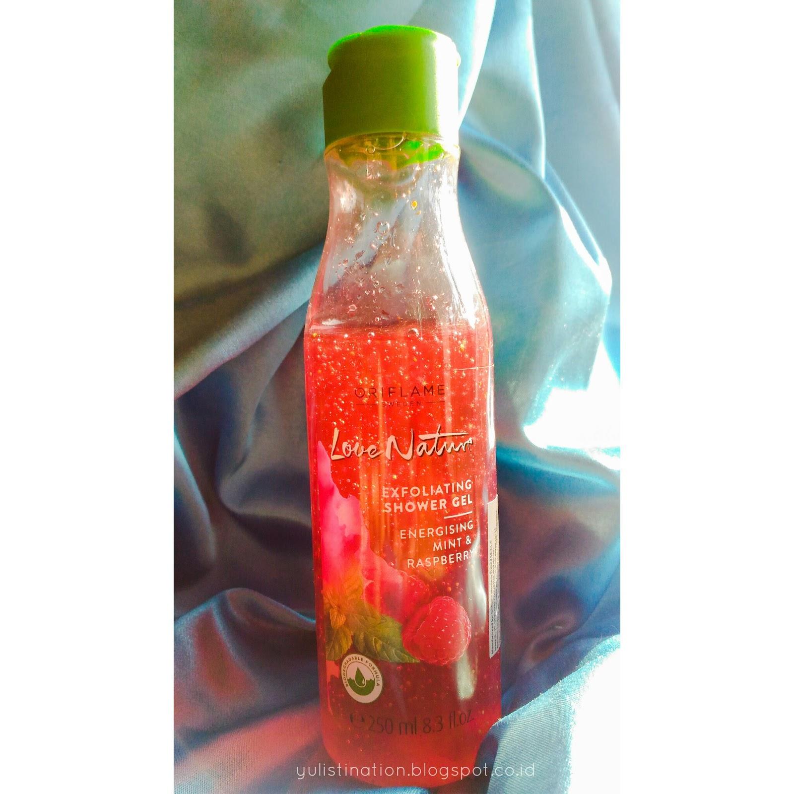 Daftar Harga Wardah Lip Balm Strawberry 65 G Termurah 2018 Real Techniques Nicamp039s Picks 5 Sets Review Oriflame Love Nature Exfoliating Shower Gel Energising The Bottle