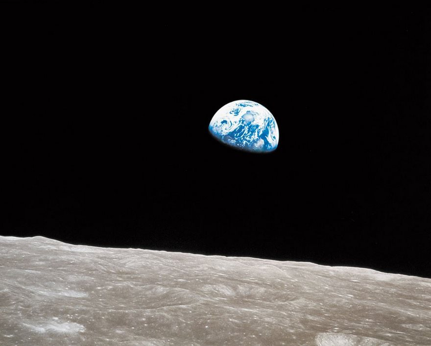 #8 Earthrise, William Anders, NASA, 1968 - Top 100 Of The Most Influential Photos Of All Time