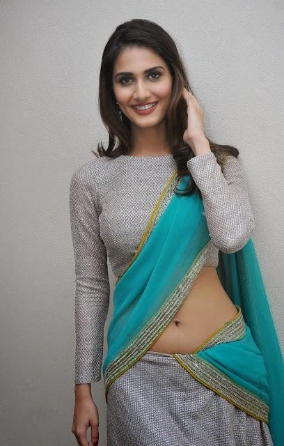 Vaani-Kapoor-Navel-Show-In-Saree-And-Blouse