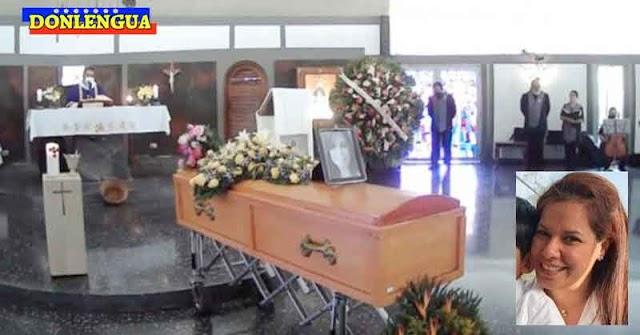 Así fue el funeral de Mariely Chacón tras salvar a sus dos hijos durante el naufragio de Higuerote