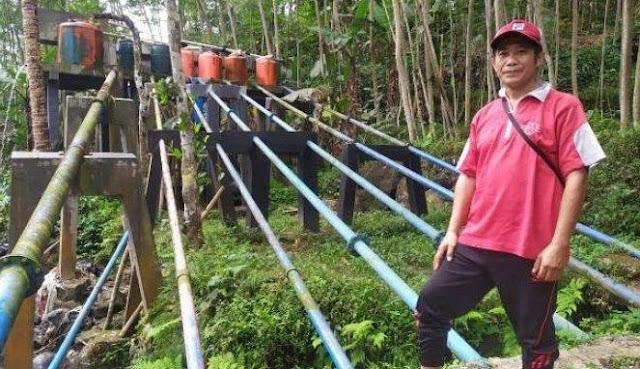 Disangka 'Gila', Pria Ini Malah Jadi Penyelamat Kehidupan Satu Desa dari Kekeringan