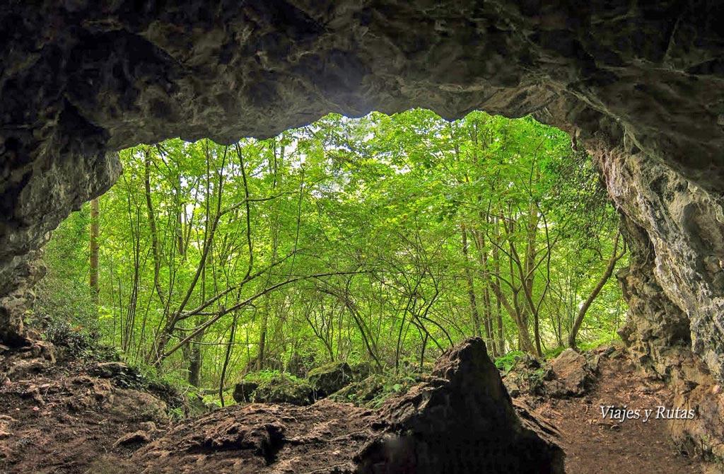 La Cueva, Ruta del Chorrón, Asturias