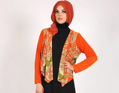 Model Blazer Batik Dian Pelangi Kombinasi Terusan