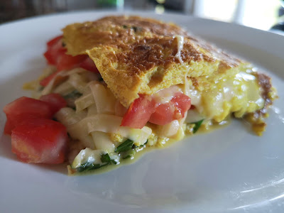 Kale and bacon omelette