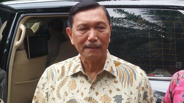 Menteri Luhut Bantah Pemerintah Tak Konsisten Tangani Corona