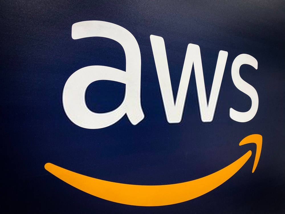 What is the best resource for learning AWS?
