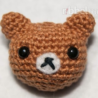 http://translate.googleusercontent.com/translate_c?depth=1&hl=es&prev=search&rurl=translate.google.es&sl=en&u=http://ribbelmonster.com/amigurumi-crochet-teddy-kuno&usg=ALkJrhiuOdO_H5WB0xbv8XVwi7t8Gcyi5w