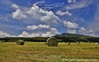 Paysages et patrimoine d'Auvergne.