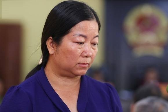 """Tại sao hàng trăm người """"chạy điểm"""", nhưng chỉ một phụ huynh bị khởi tố tại Sơn La?"""