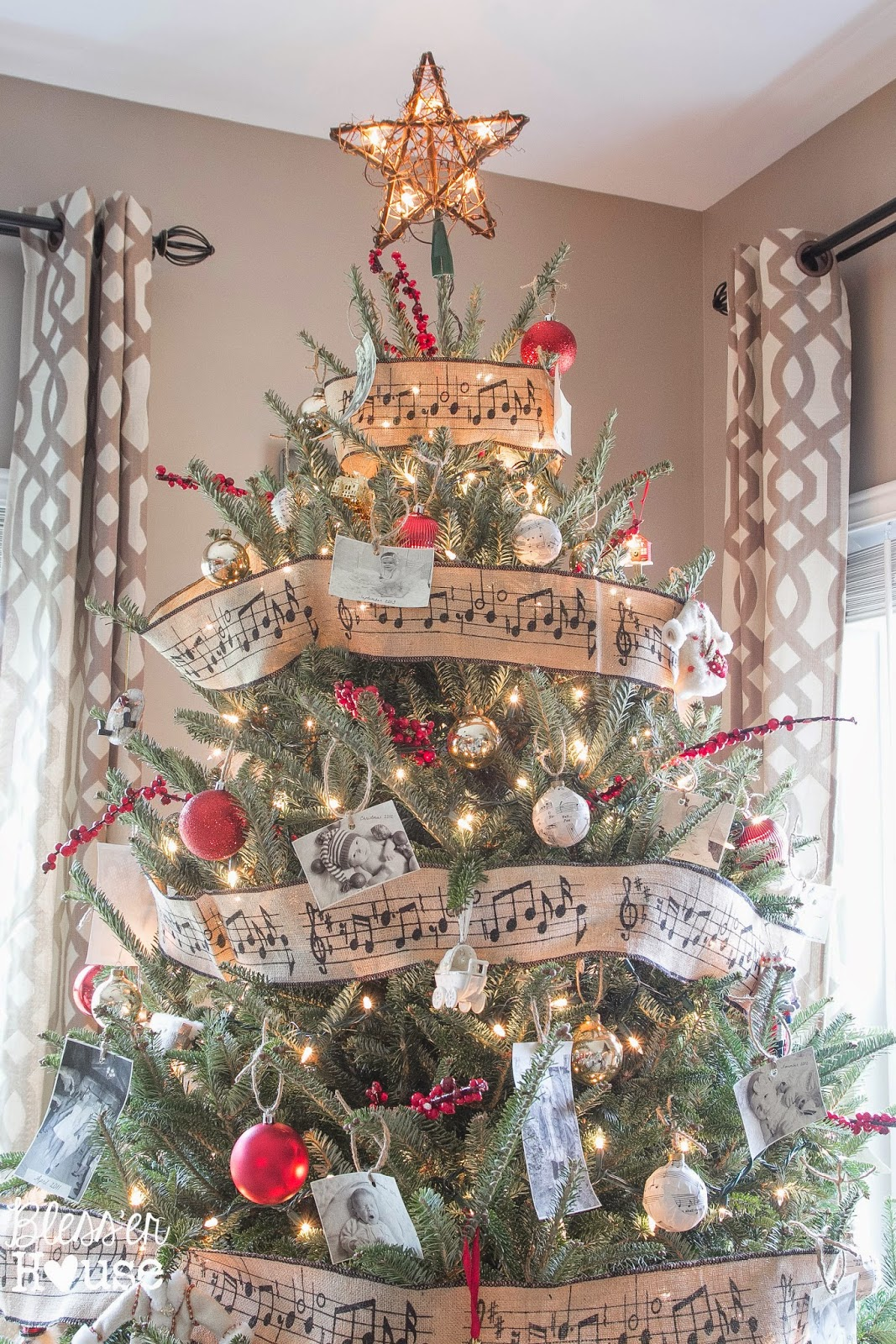 Christmas Ornaments on the Cheap: The Family Album Tree ...