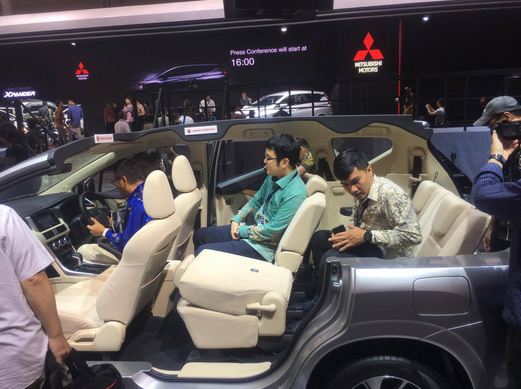 Kelebihan Mitsubishi Xpander Kalahkan Toyota Avanza