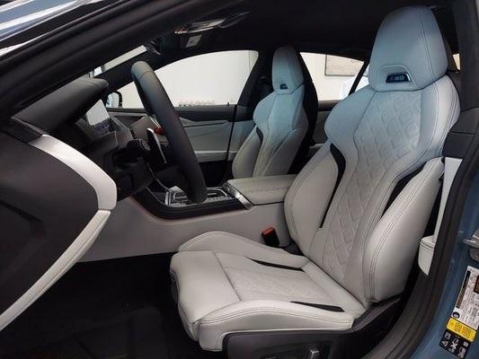 BMW M8 Gran Coupe 2021