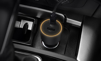 Xiaomi launched Mi 100W Car Charger 1A1C with USB Type-C port, LED indicators