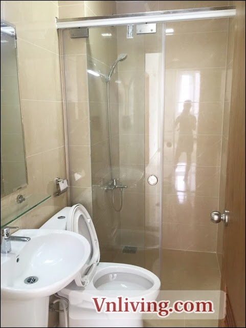 Toilet The CBD premium home apartment for rent unfurnished 300USD per month