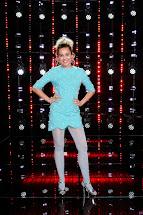 Miley Cyrus Tights Voice