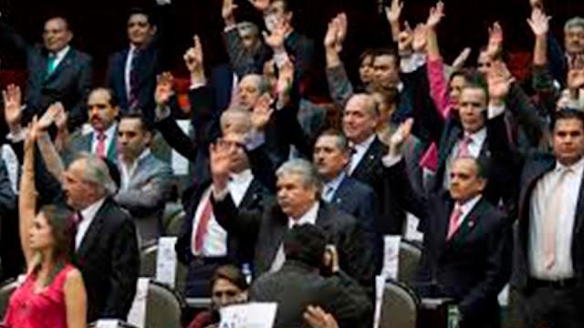 399 Diputados aprueban cobrar más impuestos en 2018