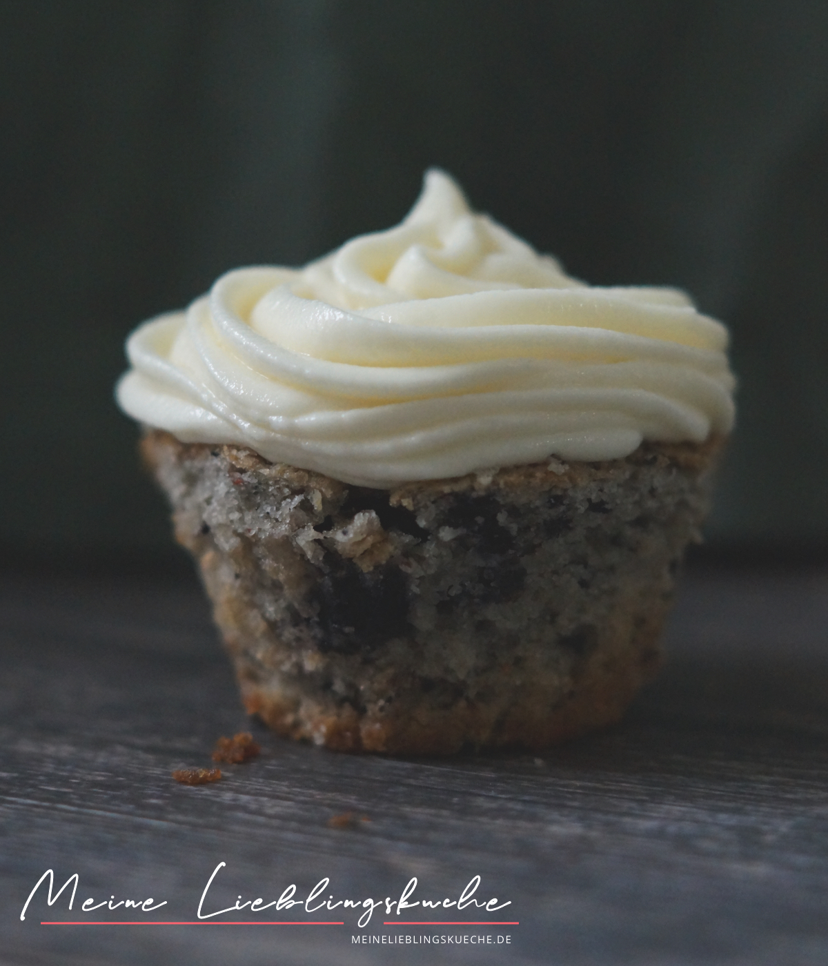 Heidelbeer Cupcakes mit Buttercreme Frosting