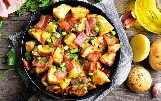 Πατάτες στο φούρνο με μπέικον