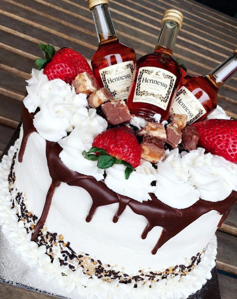 Cakes Ideas for Husband Who Loves to Drink