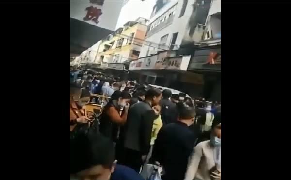 Trung Quốc: Chủ doanh nghiệp đập phá máy móc, đốt nhà xưởng, người thất nghiệp đổ ra đầy đường