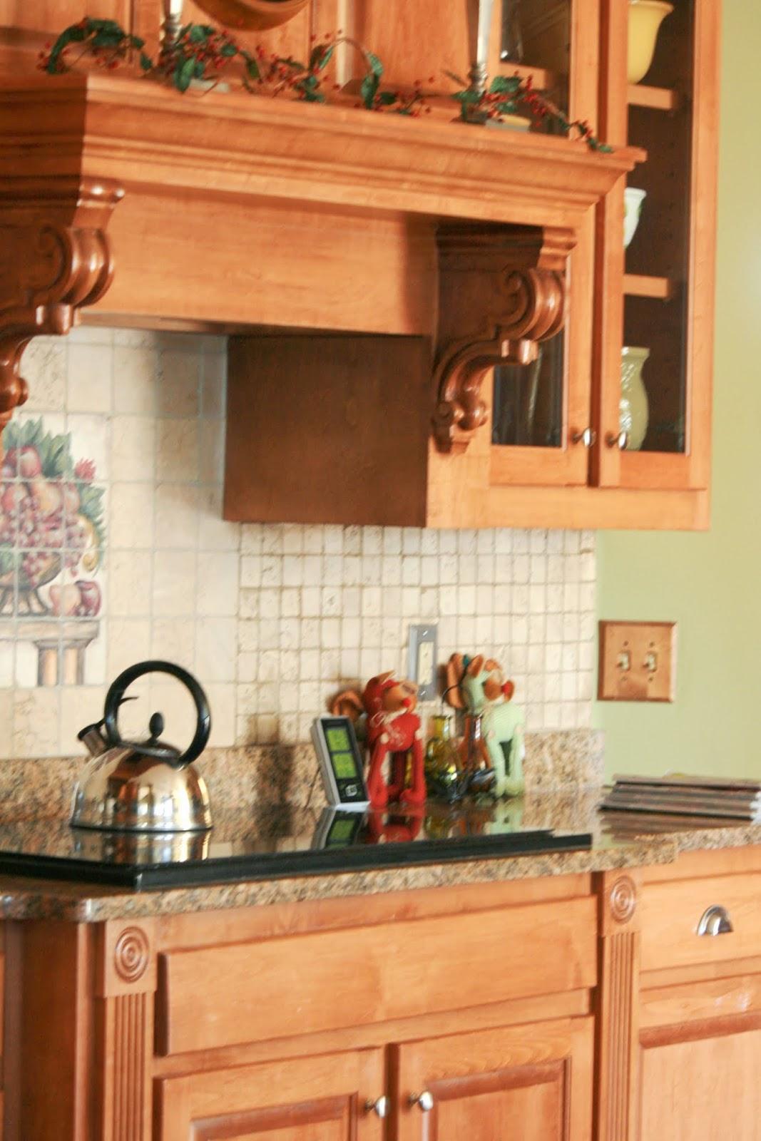 painting kitchen backsplashand loving it 985