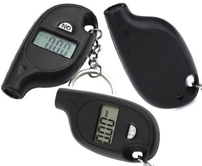 Electronic Car Tyre Pressure Gauge with keychain Portable Digital Vehicle Tire-Air Tester for Automobiles