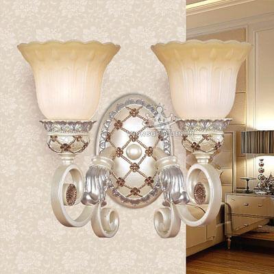Những mẫu đèn tường thủy tinh nhập khẩu, cao cấp cho phòng khách