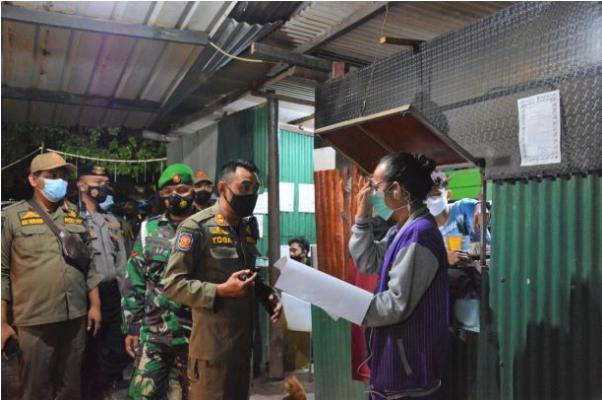 Tim Gabungan Polri, TNI Bersama Satpol PP Gelar Razia ke Tempat Hiburan Yang Buka Diatas Pukul 22.00 WIB