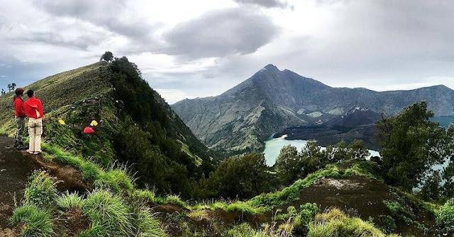 Foto keindahan gunung Rinjani di Lombok, ig greenrinjani_