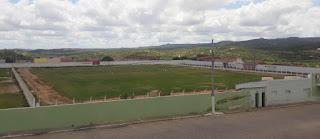 Novo 'tapete verde' do estádio Amauri Sales de Melo em Picuí logo estará pronto para a prática do futebol