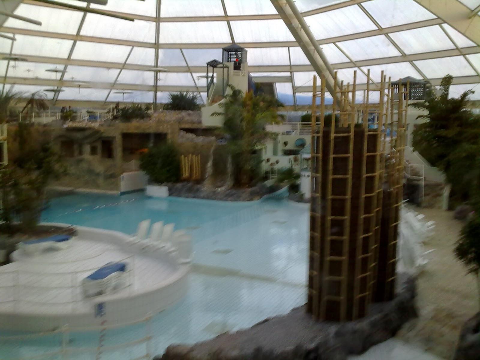 mes idees de sorties sympa photos piscine center parc park de haan. Black Bedroom Furniture Sets. Home Design Ideas