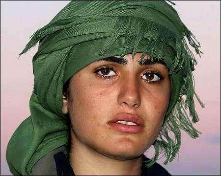 """La """"Angelina Jolie kurda"""" fue muerta peleando contra ISIS"""
