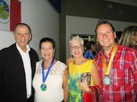 Secretário de Cultura Elias Martins, a artista Edinar Corradini, a poetisa Moema Tavares e o artista Ozair Furtado: festa e homenagens pelo 55º aniversário da ATL