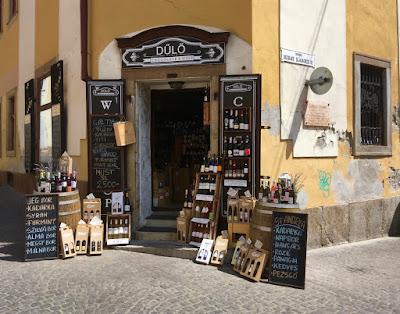 Sklep Dűlő Chocolate&Wine w Egerze na Węgrzech
