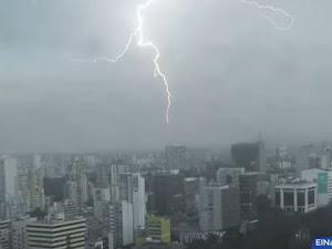 ¿Truenos y relámpagos en Lima?: fenómeno ocurrió en distritos de Lima y Callao [VIDEO]