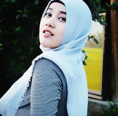 Gamer Cewek Tercantik di Indonesia
