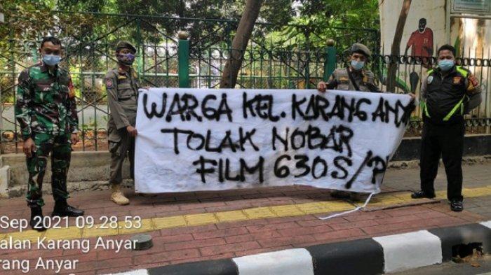 Spanduk Tolak Tonton Film G30S/PKI Terpampang di 6 Lokasi di Sawah Besar, Aktivis Malari 74: Gejala Neo-PKI!