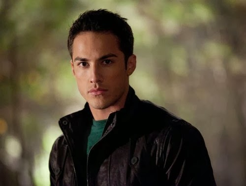 michael trevino perfect casting choice for the vampire diaries tyler smallwood