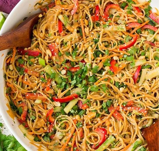 Spicy Thai Peanut Noodles #dinner #pasta