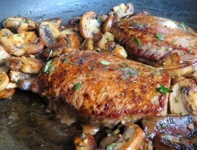 Herbed Garlic Butter Steak & Mushrooms
