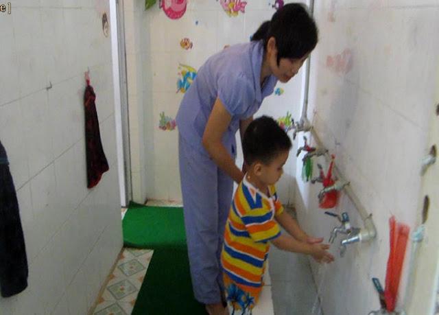 Sáng kiến kinh nghiệm Phòng tránh tai nạn thương tích cho trẻ nhà trẻ 24 - 36 tháng